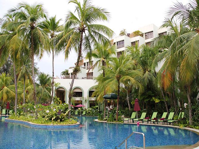 malaezia-hotel-piscina-2
